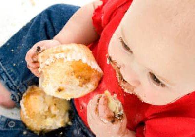 Bambini: mangiare con le mani fa bene alla salute?
