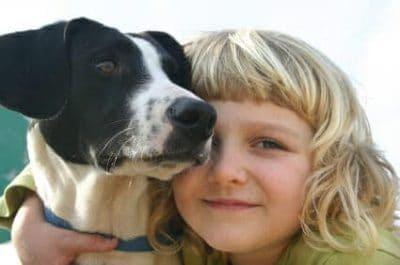 Bambini e animali: compagni di vita e fonte di benessere
