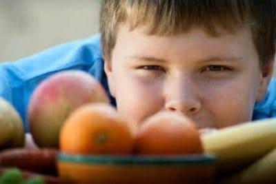 Carenze di micronutrienti nei bambini obesi: ecco le più frequenti