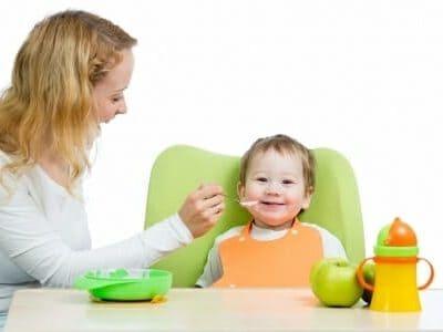 Alimentazione e bambini: consigli ed errori da non commettere