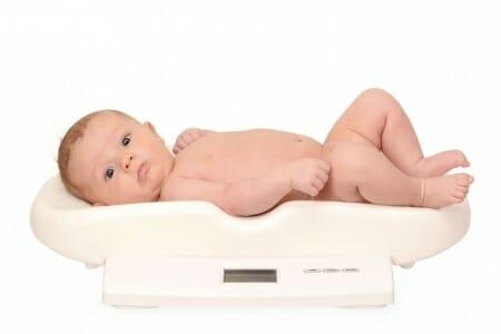 Il peso ideale di un bambino non esiste: ti spiego il perché
