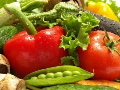 Carenza di ferro nei bambini? Latte materno, legumi e tante verdure