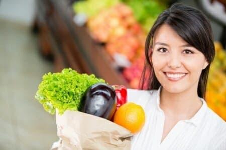 Come risparmiare sul cibo e dare un'alimentazione sana ai bambini