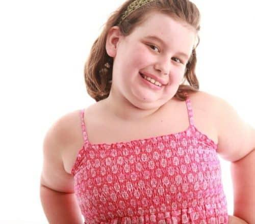 Pubertà precoce, spesso la causa è l'obesità