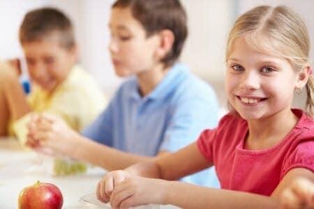 Merenda a scuola: leggera e ricca di energia