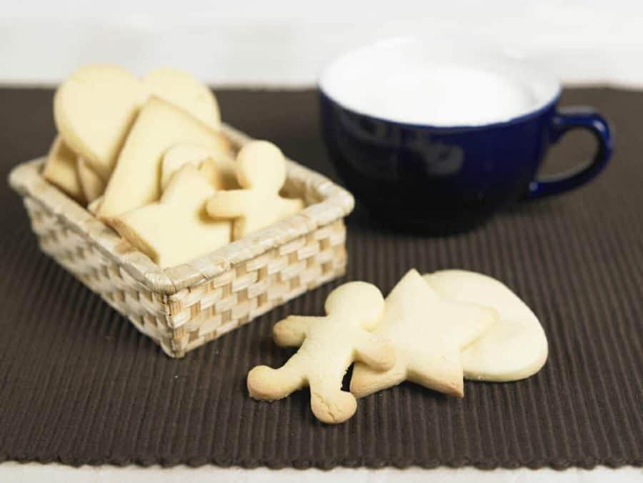 Biscotti alle mandorle ricette per bambini 4-10 anni