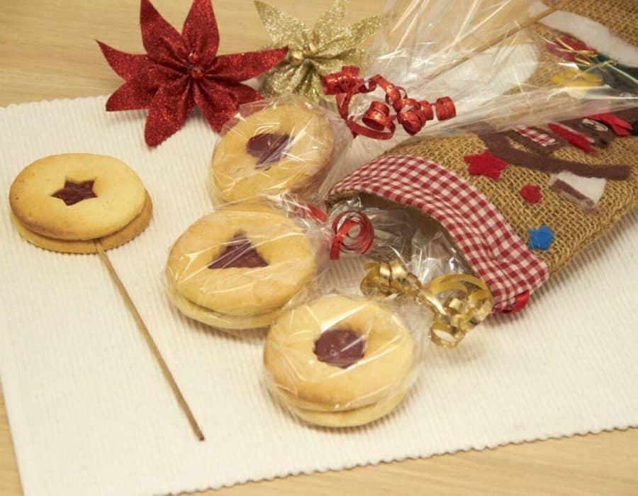 Biscotti lecca-lecca della Befana Ricette per bambini 4-10 anni