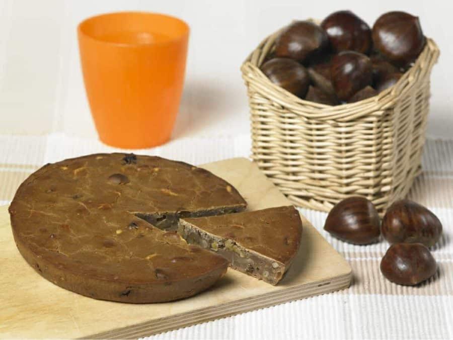 Castagnaccio ricette per bambini 4-10 anni