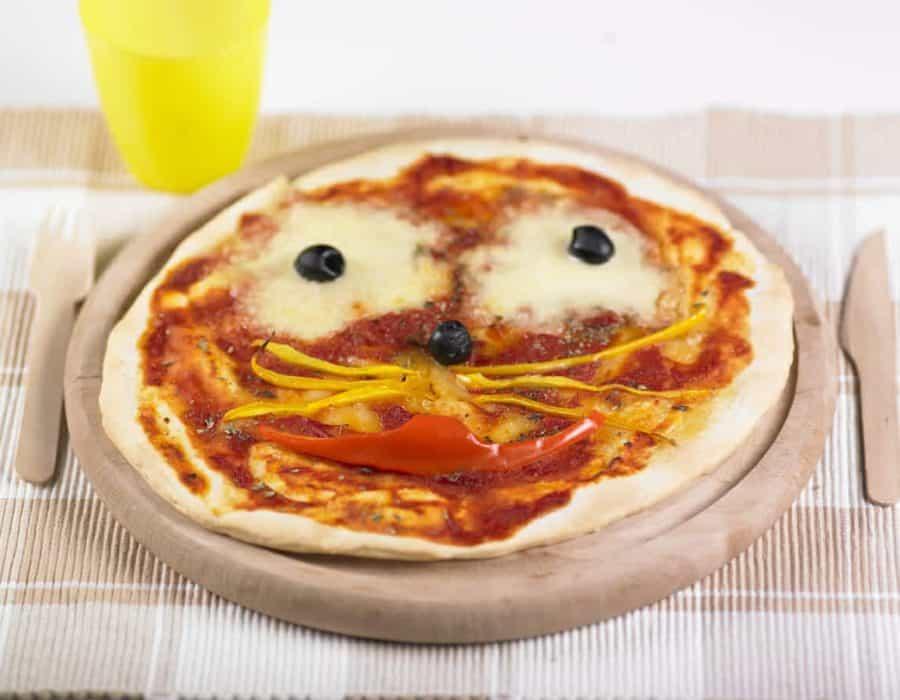 Pizza gattino Ricette per bambini 4-10 anni