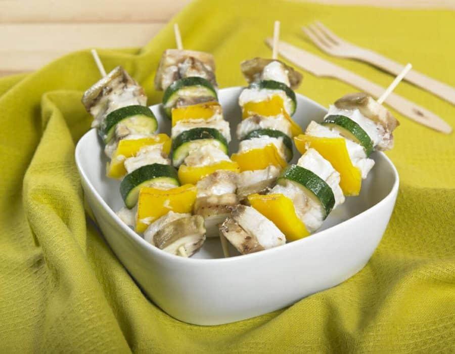 Spiedini colorati di pesce spada Ricette per bambini 4-10 anni