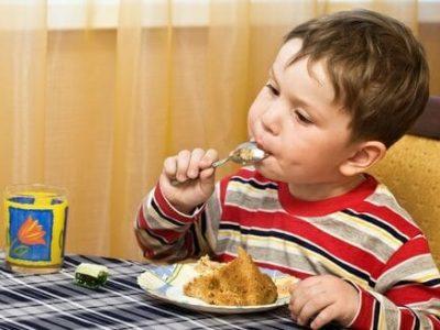 Il soffocamento da cibo nei bambini: tanti consigli per prevenirlo