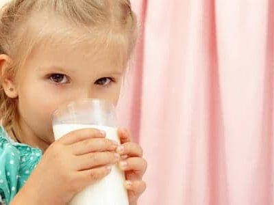 Latte vaccino: mai prima di un anno
