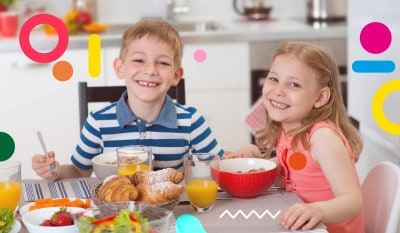 Contro l'obesità colazione regolare, bambini sorridenti che fanno colazione - alimentazionebambini. It by coop