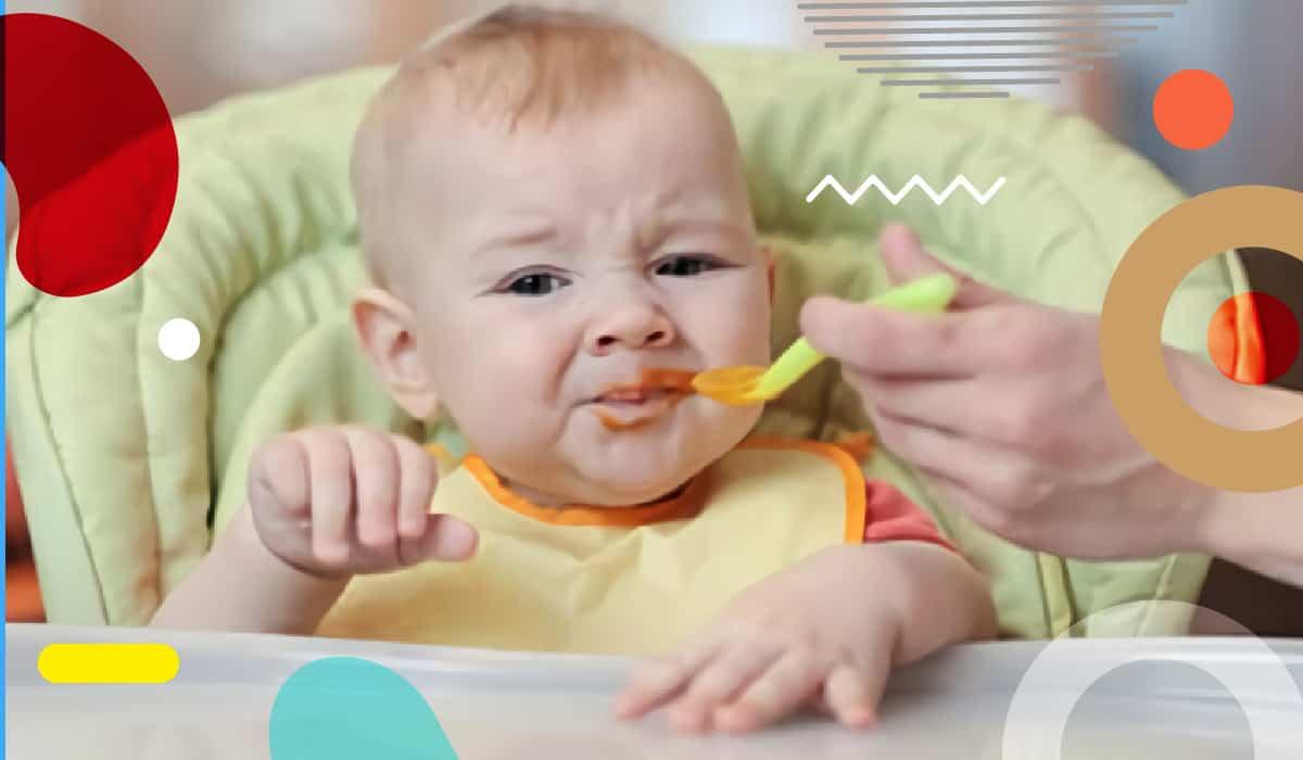 Svezzamento: bambini che non mangiano, bimbo sul seggiolone che rifiuta il cucchiaino - alimentazionebambini. It by coop