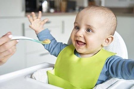 Alimentazione dei bambini dai 6 ai 12 mesi