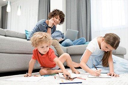 Organizzazione delle giornate in casa con bambini al tempo della pandemia