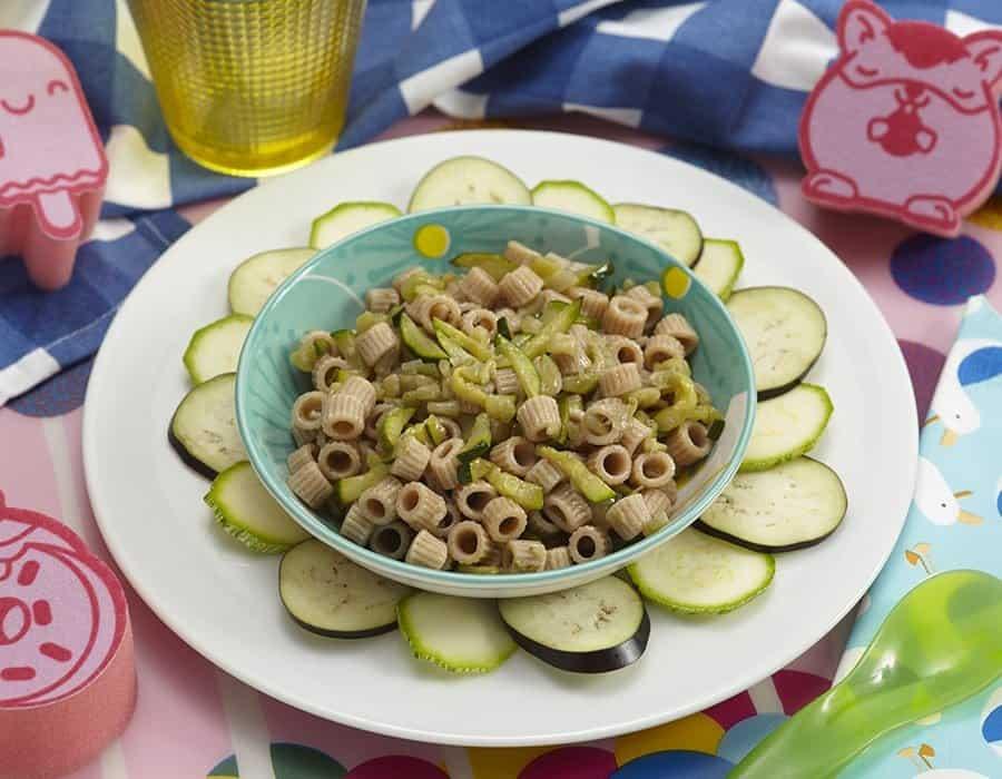 Pastina di farro con zucchine e melanzane