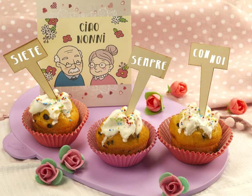 Cupacake: muffin dolci guarniti con zuccherini e panna - alimentazionebambini. It by coop